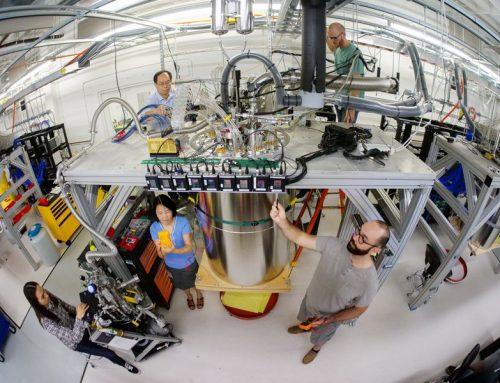 """""""Hello World"""". Per la prima volta un computer quantistico fa in 200 secondi quello che un supercomputer classico fa il 10.000 anni!"""