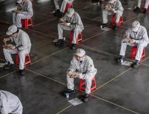 """""""Dobbiamo stare attenti"""": gli scienziati temono la seconda ondata della pandemia mentre si allentano le restrizioni in Cina."""