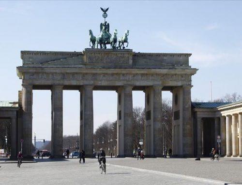 Nella lotta alla pandemia la Germania sta scoprendo il vantaggio di una Sanità decentrata