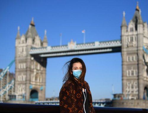 Coronavirus, Londra ritorna all'idea di immunità di gregge